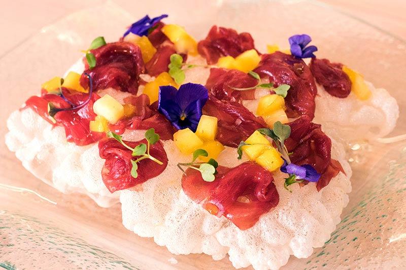 carpaccio de atún rojo restaurante la Cruz Blanca
