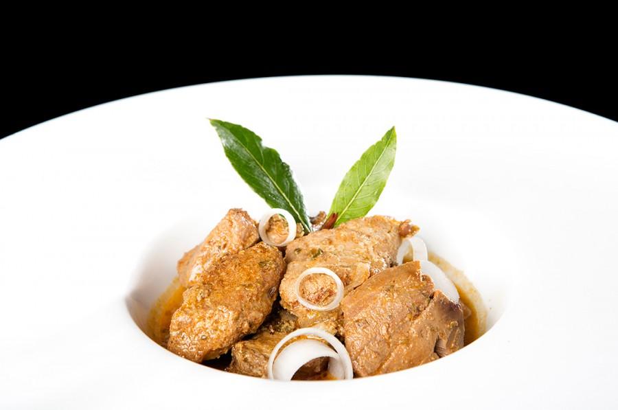 Atún encebollao - Restaurante Pradillo