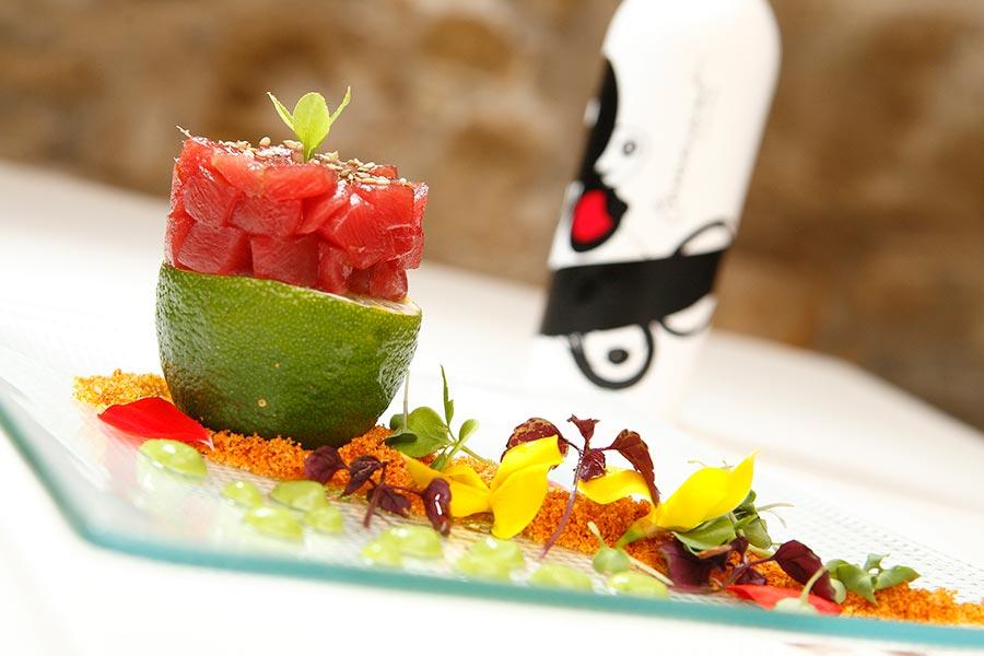 Tartar de atún rojo macerado en kimchi - Tendal