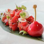 Dados de atún rojo marinados en El Campero