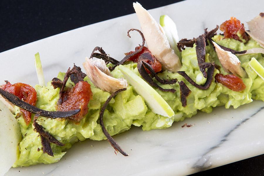 Ensaladilla verde de manzana, melva y corazón de atún - El TrasteO
