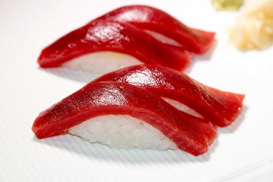 nigiri de atún de almadraba
