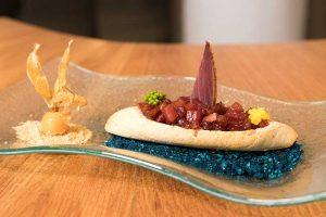 barcaza de atunes la tapa de atún rojo de restaurante Mardelevas