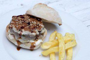 Mini hamburguesa de atún rojo
