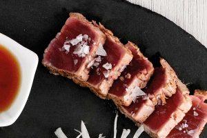 tataki de lomo de atún rojo