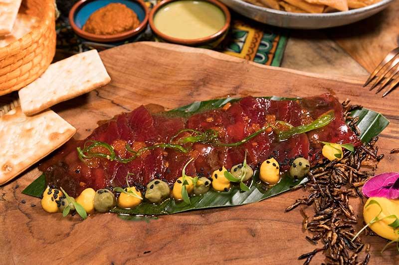 Tiradito de atún rojo en restaurante Chile Habanero