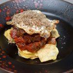 Tacos de atún rojo en salsa de tomates y trufa